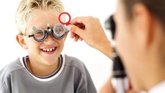 小孩视力下降
